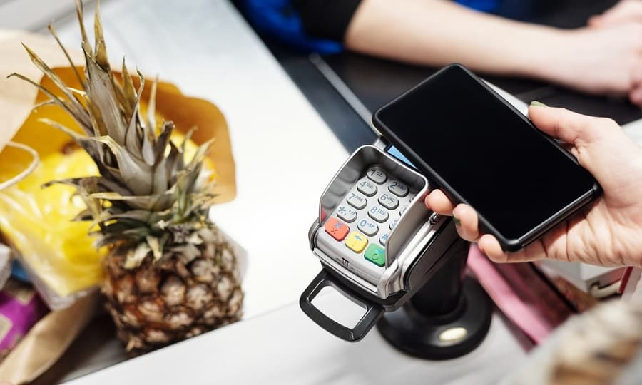 COVID Grocery Shopping Tips: Make Payment through Mobile Apps